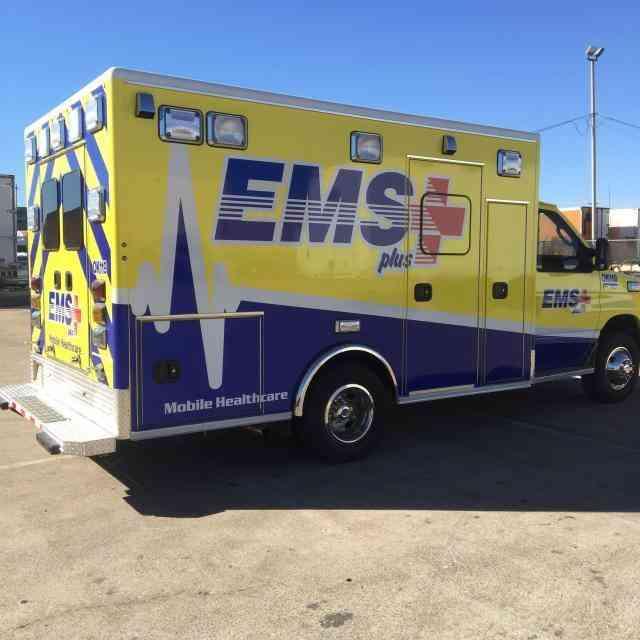 2015 Medix Ford Transit Type Ii Ambulance: FORD AMBULANCE (2015) : Emergency & Fire Trucks