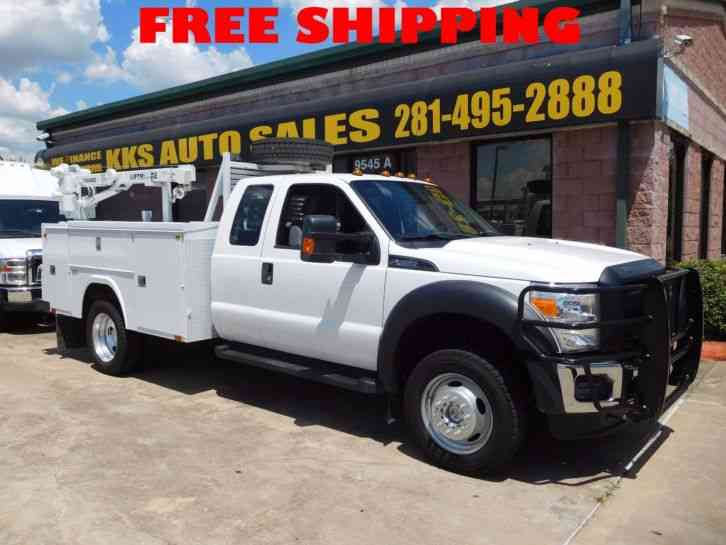 Ford F-450 SUPER DUTY 4X4 UTILITY TRUCK WITH CRANE (2015)