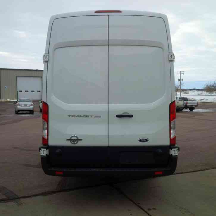 ford transit 350 high roof cargo van 2015 van box trucks. Black Bedroom Furniture Sets. Home Design Ideas
