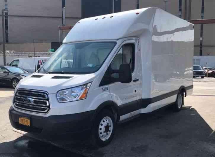 Ford Transit E350 2015 Van Box Trucks