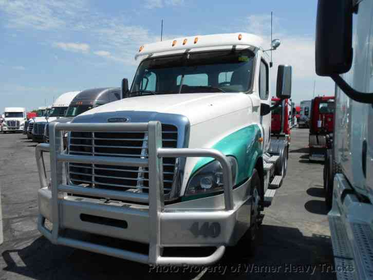 Freightliner Cascadia Day Cab (2015)