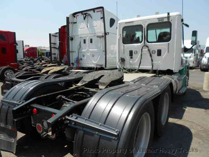 Freightliner Cascadia Day Cab 2015 Daycab Semi Trucks