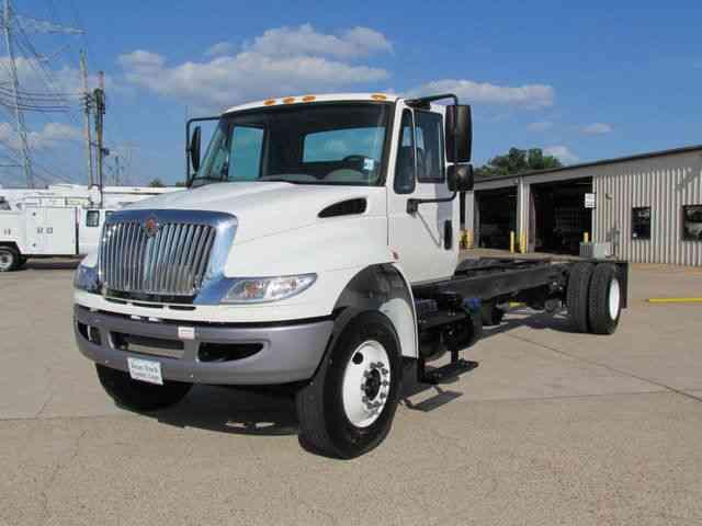 International 4300 Cab Chassis 2015 Medium Trucks