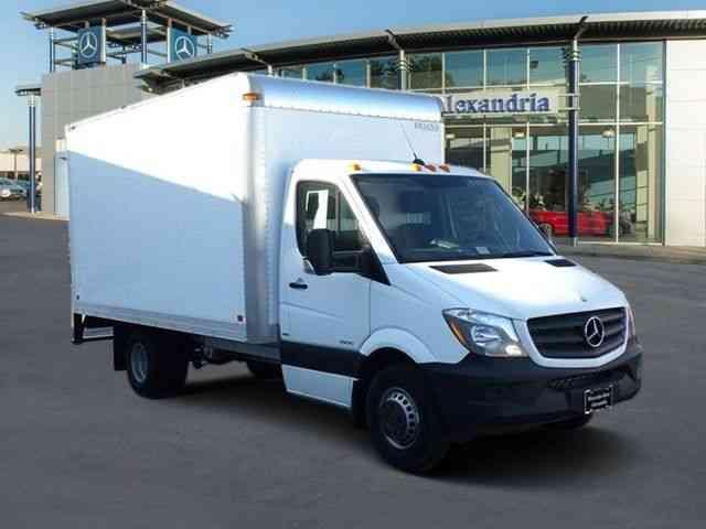Mercedes benz sprinter 14 39 box truck 3500 170 39 w b 2015 for Mercedes benz sprinter 170