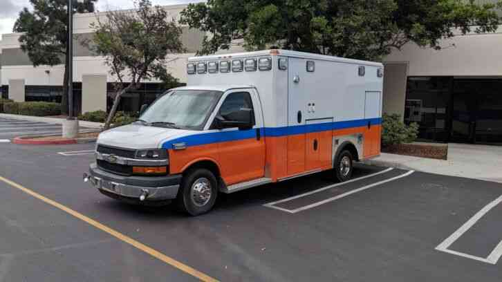 Chevrolet Express 4500 Type III Ambulance (2016)