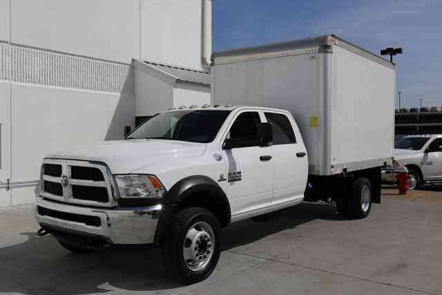 Dodge Ram 5500 2016 Van Box Trucks