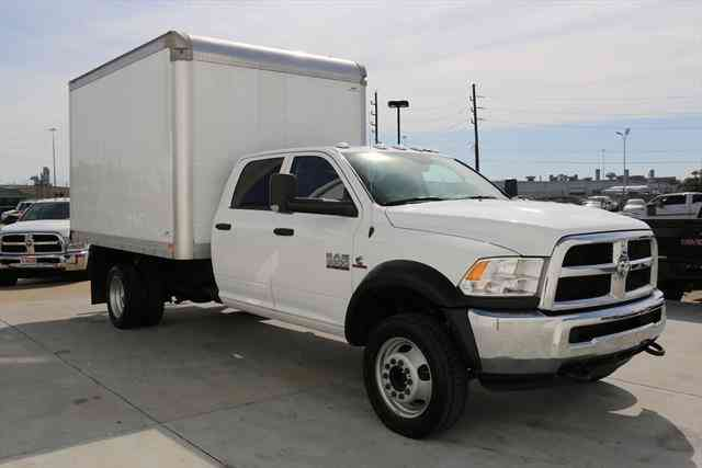 Dodge Ram 5500 2016 Van Box Trucks