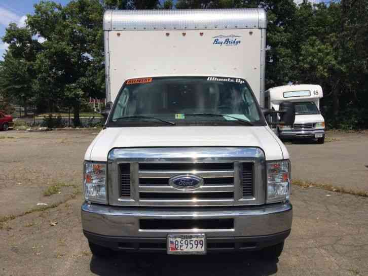 Ford E Series Van 2016 Van Box Trucks
