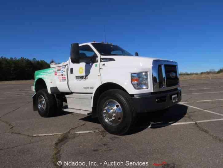 Ford F650 Super Duty (2016) : Utility / Service Trucks