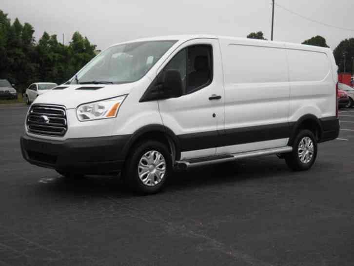 ford transit cargo 250 3dr swb low roof cargo van w 60 40 passenger s 2016 van box trucks. Black Bedroom Furniture Sets. Home Design Ideas