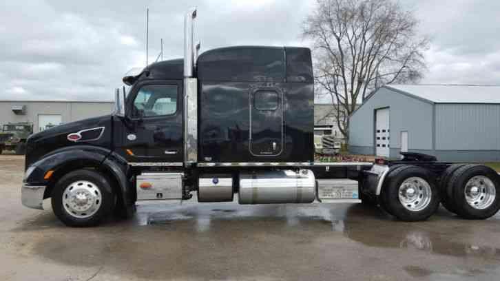Peterbilt 579 2016 Sleeper Semi Trucks