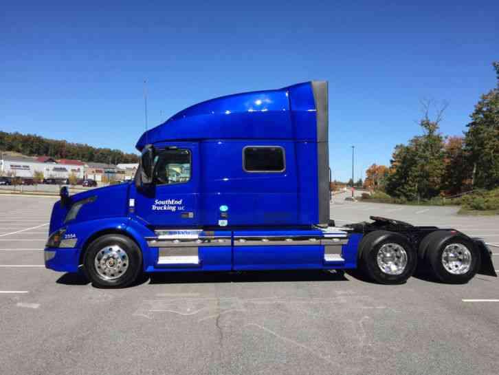 Volvo Vnl 64t730 2016 Sleeper Semi Trucks