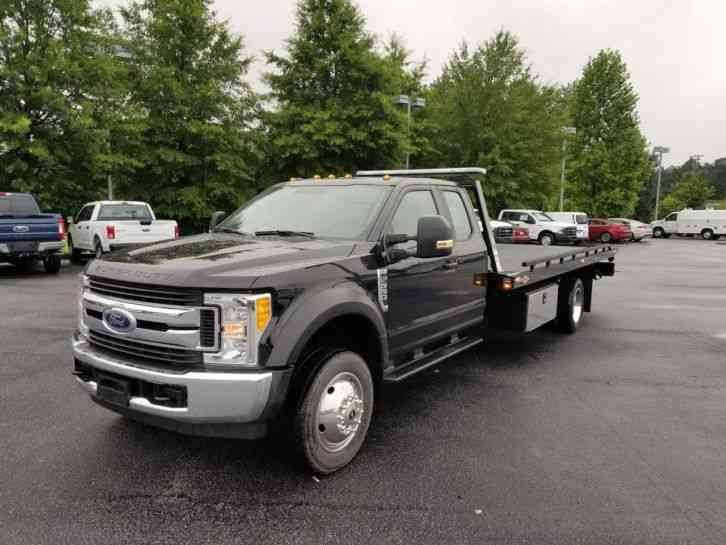 Ford F-550 Extended Cab (2017)