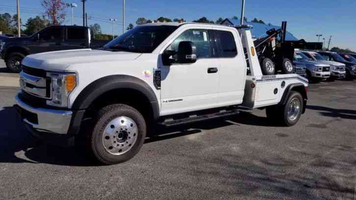 Ford F-550 Extended Cab 4x4 (2017)