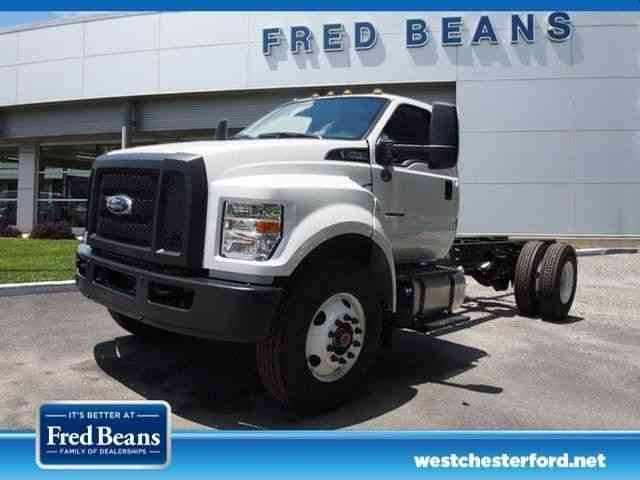 Ford F-750 -- (2017)