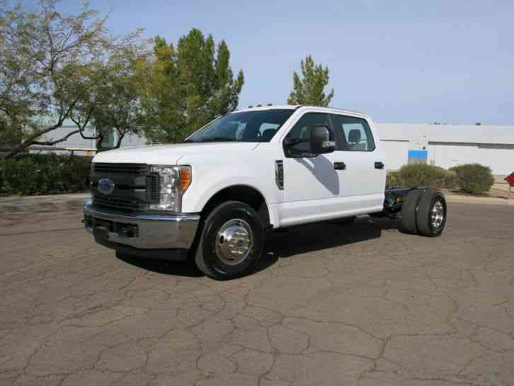 ford super duty f 350 drw cab chassis xl 2wd crew cab 179. Black Bedroom Furniture Sets. Home Design Ideas