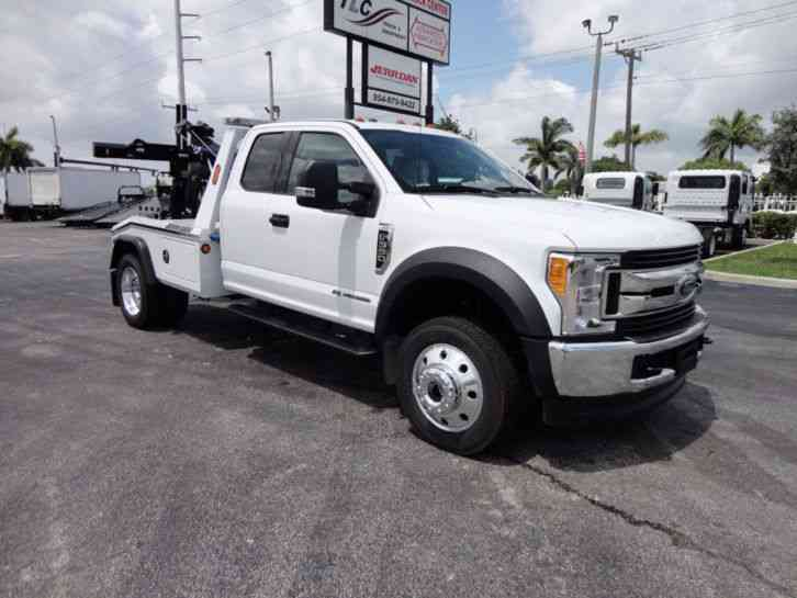 Ford F550 XLT. 4X4 EXENTED CAB. . JERR-DAN MPL40 WRECKER. (2017)