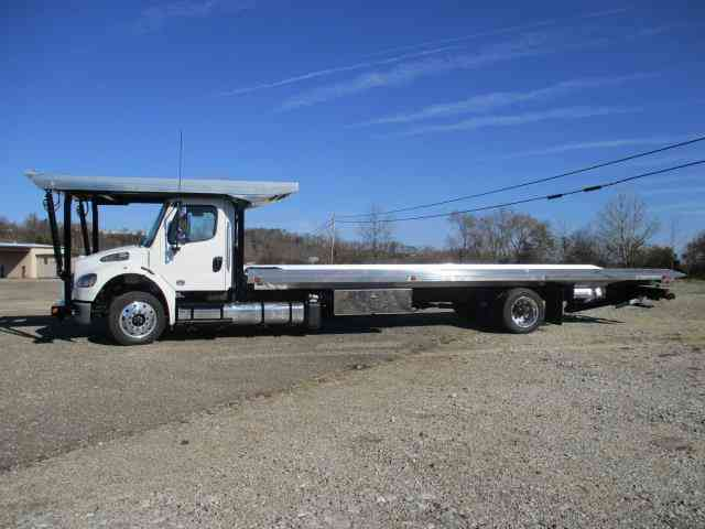 Freightliner Business Class M2 2017 Flatbeds Rollbacks