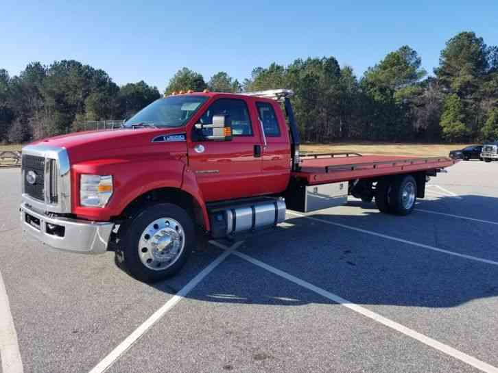 Ford F-650 Extended Cab (2017)