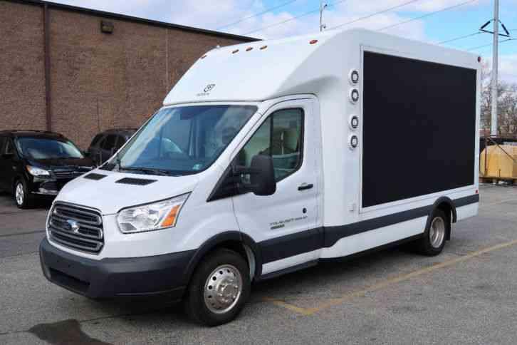 3e38499829 Ford Transit 350 DRW (2017)   Van   Box Trucks