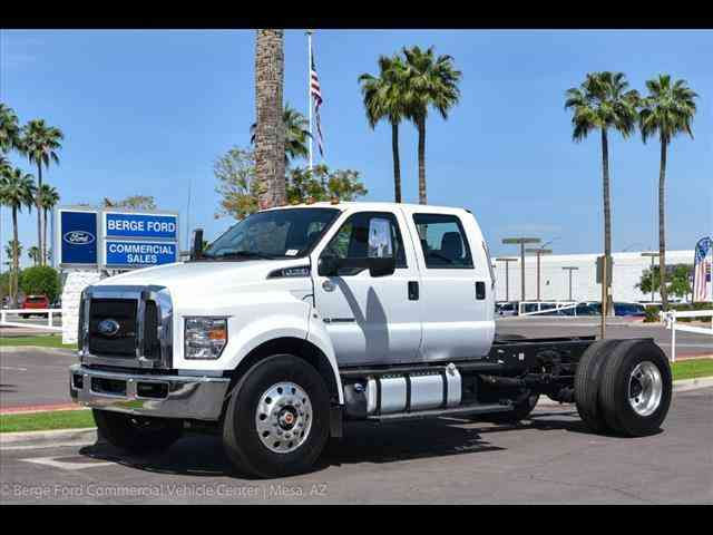 Ford F-750 Open (2018)