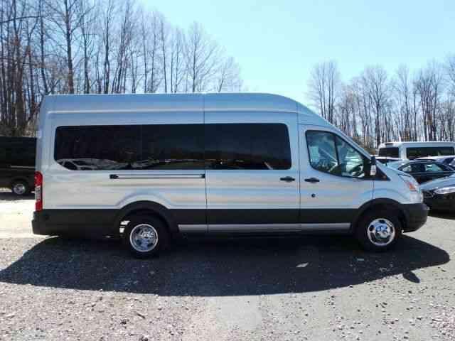 Ford Transit 350 >> Ford Transit 350 HD XLT (2018) : Van / Box Trucks