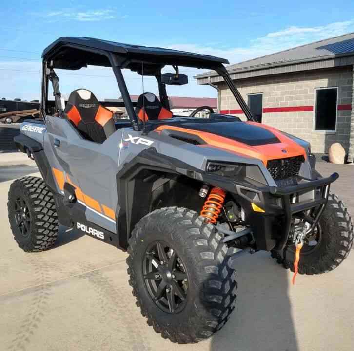 Polaris General XP 1000 Deluxe Ride Command Package (2020)