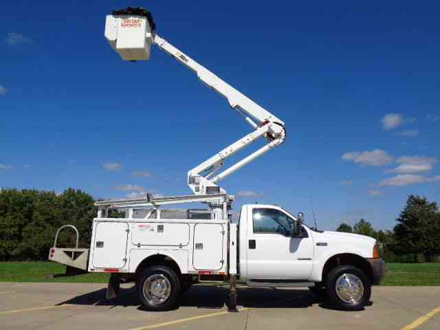 ford f550 2001 bucket boom trucks rh jingletruck com Trun Altec Bucket Table Bucket Truck Repair Manuals