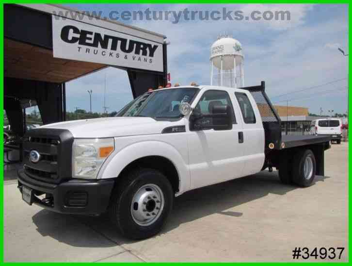 Ford F350 DRW SUPER CAB FLAT BED (2011)