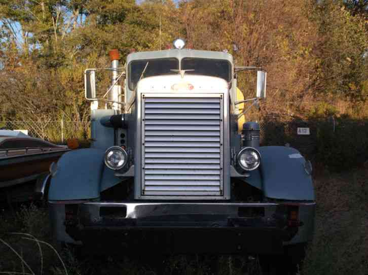 Manual Trucks For Sale >> Peterbilt 2000 gallon water truck (1967) : Heavy Duty Trucks