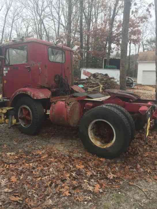 Trucks For Sale In East Texas >> White (1972) : Daycab Semi Trucks