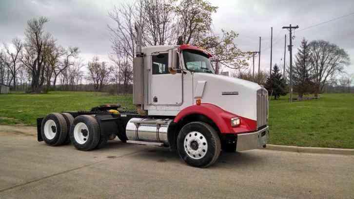 KENWORTH T800 1999 Daycab Semi Trucks