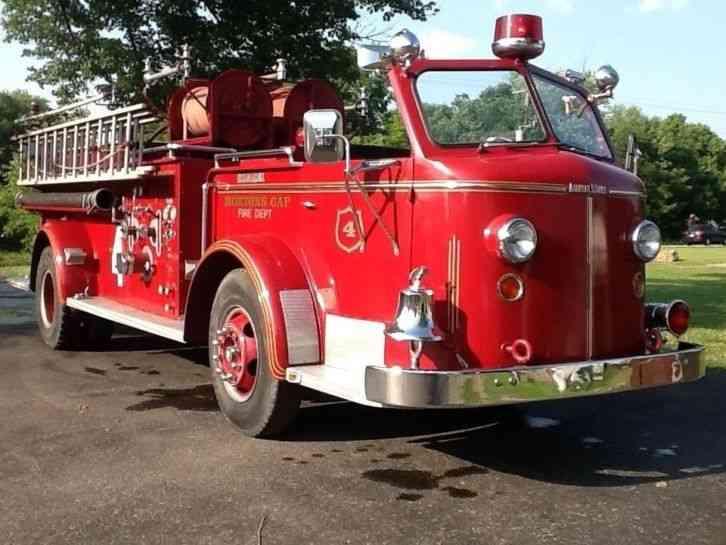 1956 Ford Fire Truck : American lafrance emergency fire trucks