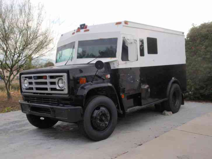 Gmc 7000 Frame Armored Transport Body 1987 Medium Trucks