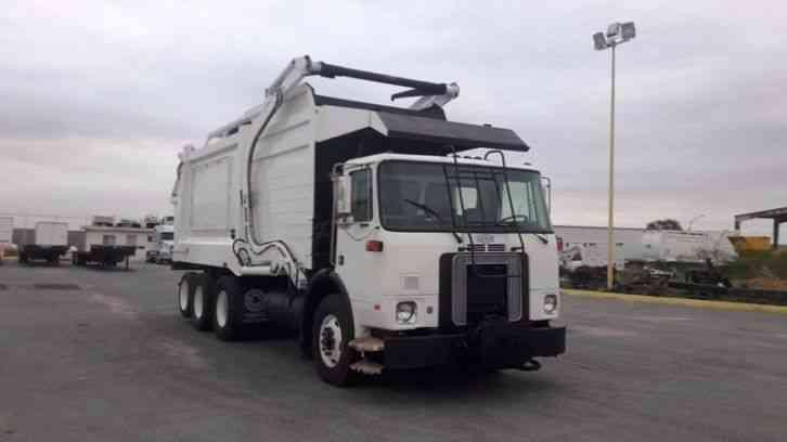 volvo wg64  1997  heavy duty trucks 2005 Volvo Trucks Sale 2005 Volvo Tractor Truck