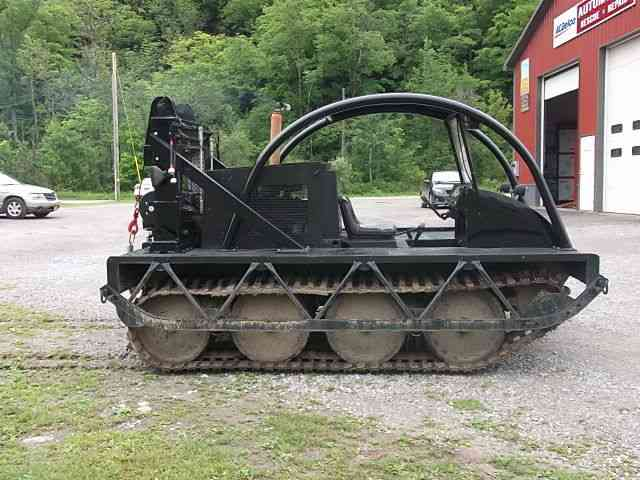 Bombardier Muskeg Snowcat Sno Cat Sno Cat Track Machine Recovery on 1990 Ford Truck