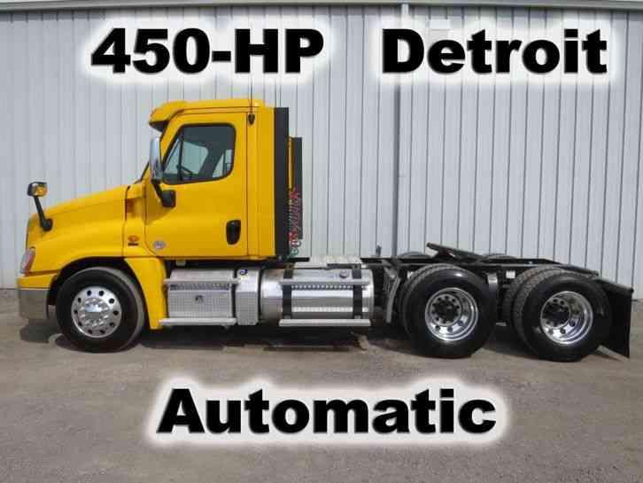 Freightliner M2 112 (2009) : Daycab Semi Trucks