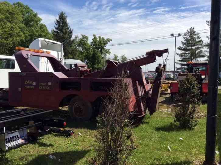 Century Ton Steel Wrecker Bed on Used Chevrolet P Other Parts For Sale