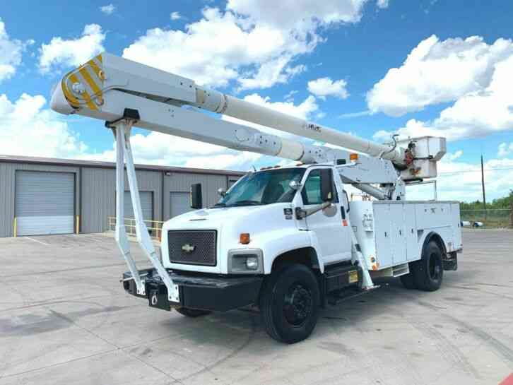 Chevrolet CC7500 BUCKET TRUCK 60 FOOT (2006)