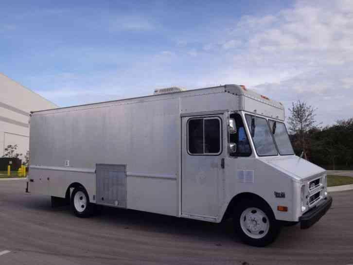 Chevrolet P30 18 U0026 39  Step Van  1991    Van    Box Trucks