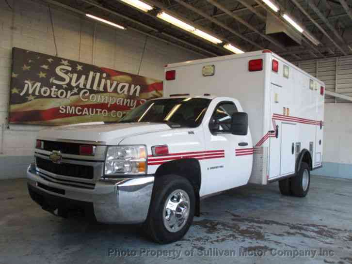 Chevrolet SILVERADO 3500HD Ambulance (2009)