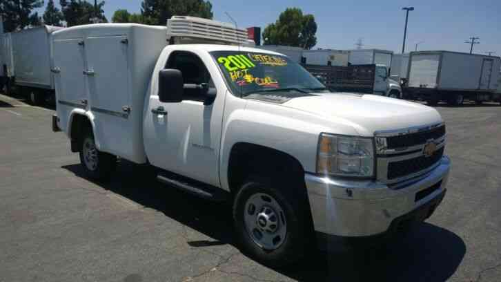 Chevy Silverado 2500 Hot&Cold refrigerated deliver Hotshot body with 8ft reefer (2011)