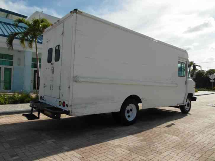 Chevy Step Van P30 Food Truck 1987 Van Box Trucks
