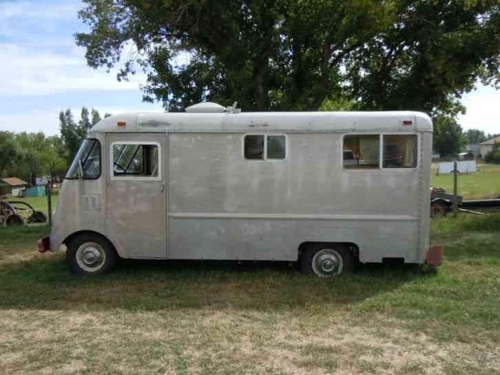 Chevrolet 1963 Van Box Trucks