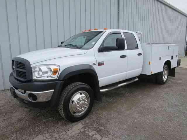 Four Wheel Drive Taxi : Dodge ram ft utlity service crane truck