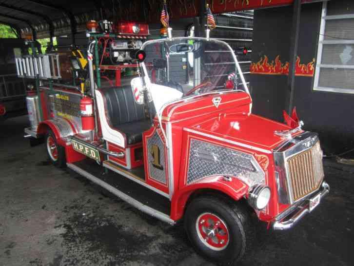 FIRE TRUCK (1938) : Emergency & Fire Trucks