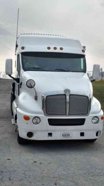 Kenworth T2000 1999 Sleeper Semi Trucks