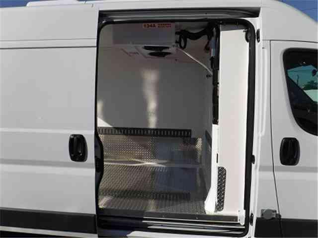 Dodge Promaster 2500 2017 >> Dodge ProMaster Cargo Van -- (2017) : Van / Box Trucks