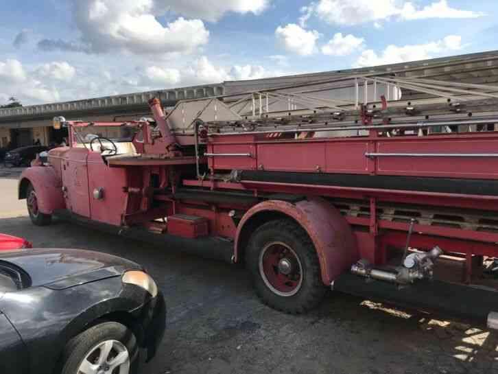 American Lefrance 1941 Emergency Fire Trucks