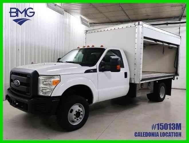 Ford F-350 Windshield Side Entry Box Truck (2012)